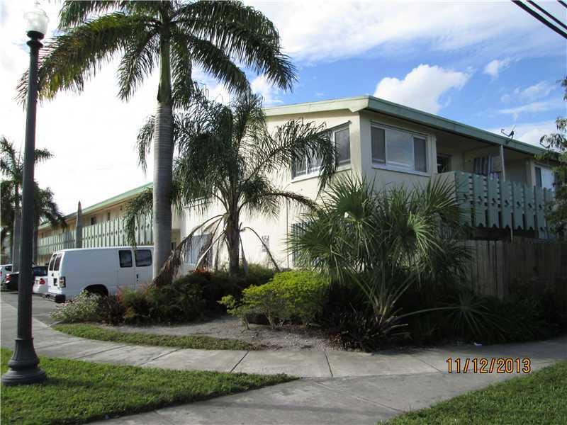 940 NE 170 St # 218, North Miami Beach, FL 33162