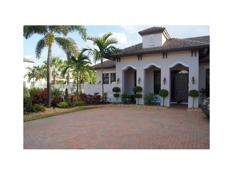 12520 Sw 15th Mnr, Fort Lauderdale, FL 33325