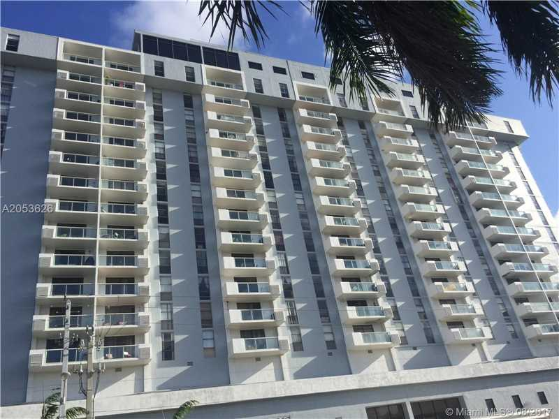 Photo of 13499  BISCAYNE BL  North Miami  FL
