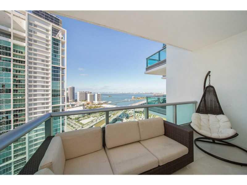 900 Biscayne Blvd, Miami, FL 33132