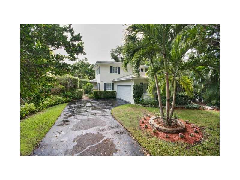 6820 Pallazzo St, Coral Gables, FL 33146