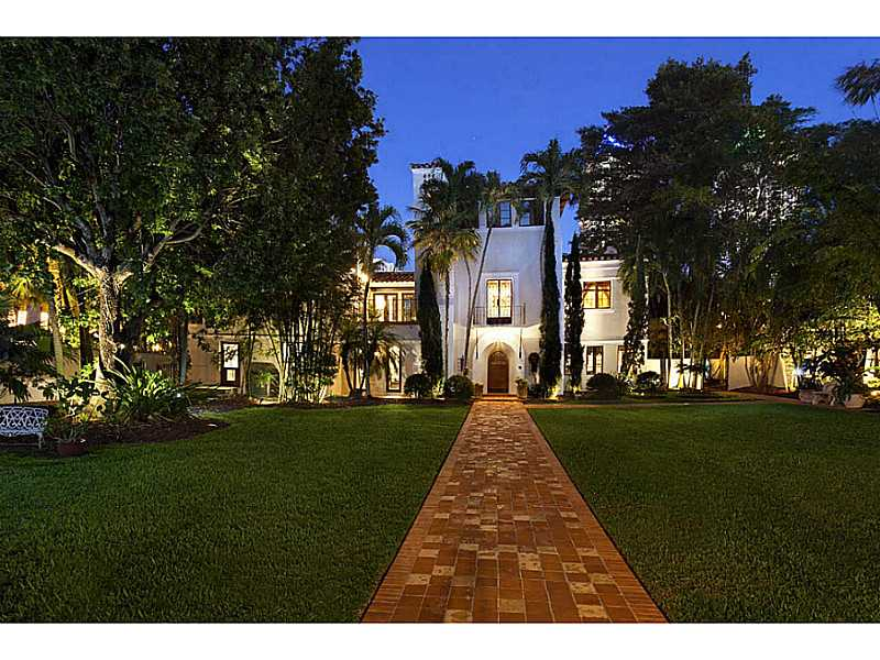 Real Estate for Sale, ListingId: 32138383, Miami Beach,FL33140