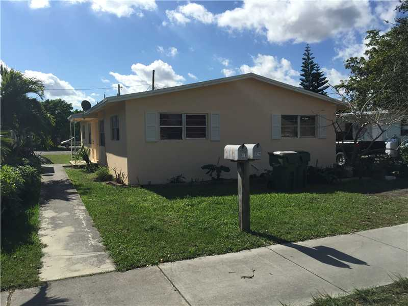 818 Nw 8th St, Homestead, FL 33030