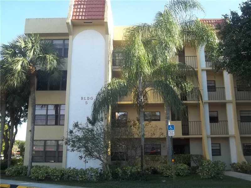 23345 Carolwood Ln # 103, Boca Raton, FL 33428