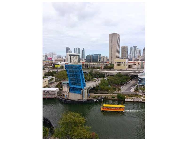 10 Sw South River Dr # 1402, Miami, FL 33130