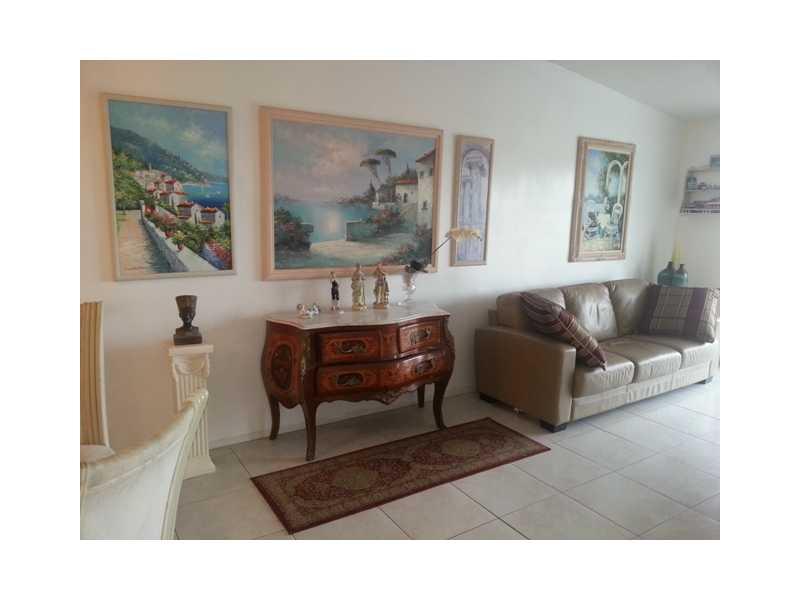 2841 Northeast 33rd Ct # 404, Fort Lauderdale, FL 33306