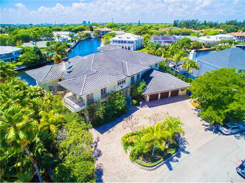 91 Compass Ln, Fort Lauderdale, FL 33308