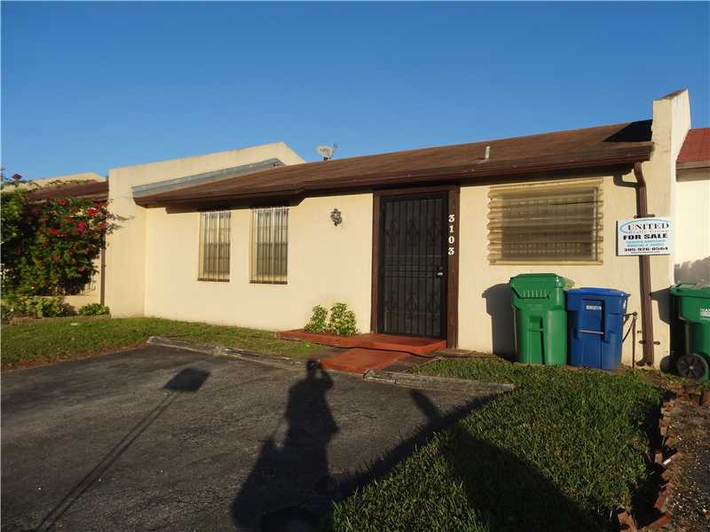 3103 NW 203rd Ln, Miami Gardens, FL 33056