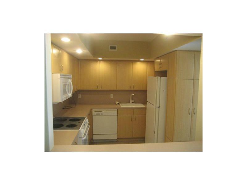 Real Estate for Sale, ListingId: 31437988, Miami Beach,FL33140
