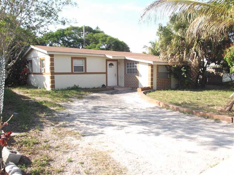 5351 Ne 10th Ave, Pompano Beach, FL 33064