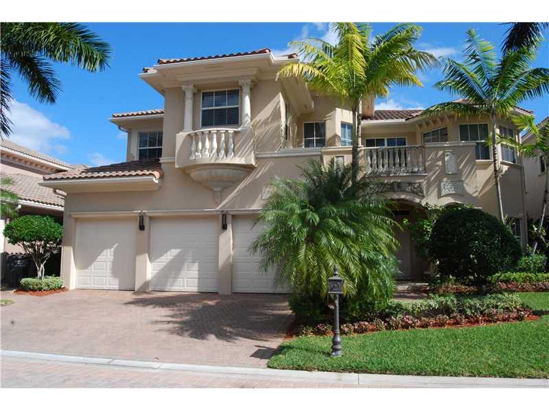 Real Estate for Sale, ListingId: 32145325, Hollywood,FL33019
