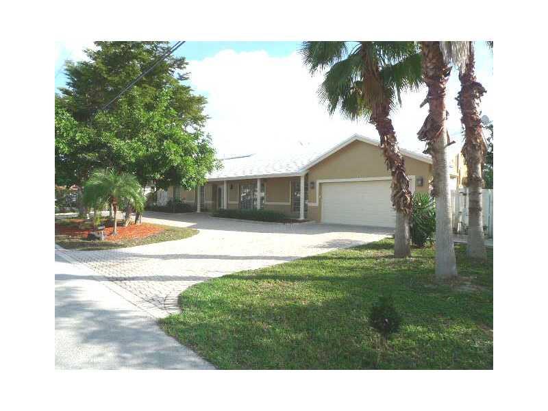 2808 Ne 35th St, Fort Lauderdale, FL 33306