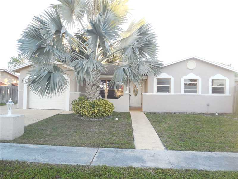 22198 SW 60th Ave, Boca Raton, FL 33428