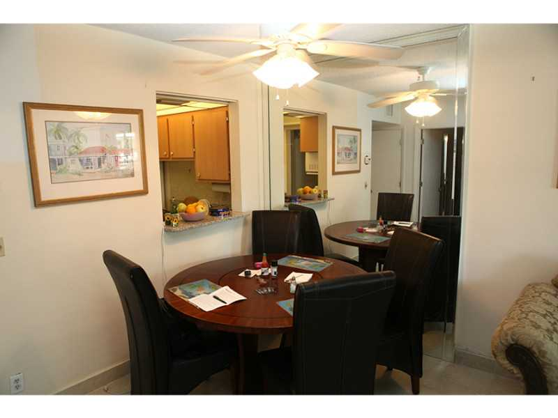 Rental Homes for Rent, ListingId:31548455, location: 1333 HALLANDALE BEACH BL Hallandale 33009