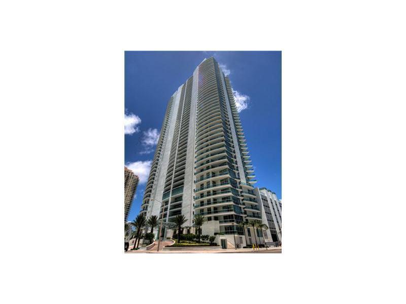 1331 Brickell Bay Dr # 1706, Miami, FL 33131