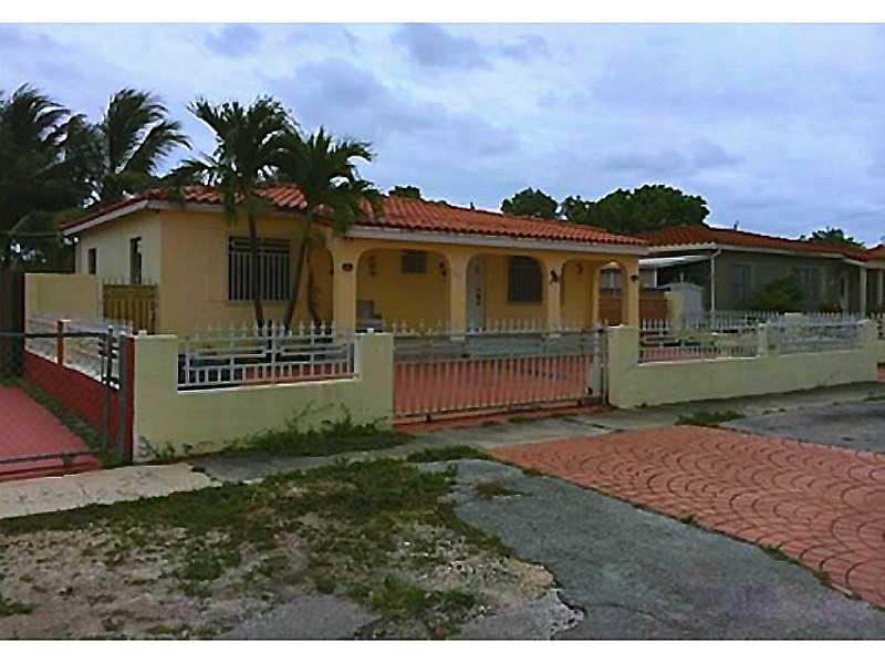 470 E 36th St, Hialeah, FL 33013