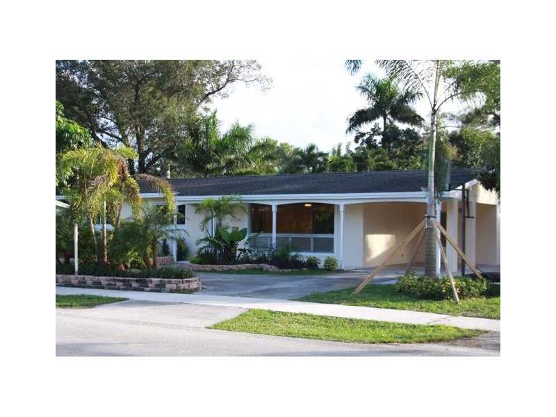 3326 Sw 19th St, Fort Lauderdale, FL 33312