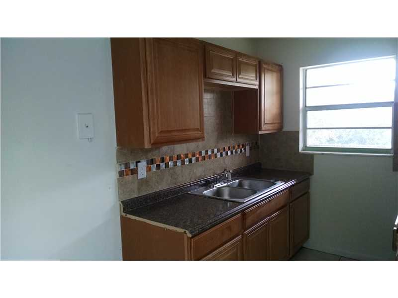Rental Homes for Rent, ListingId:31573378, location: 1106 South L Ft Lauderdale 33340