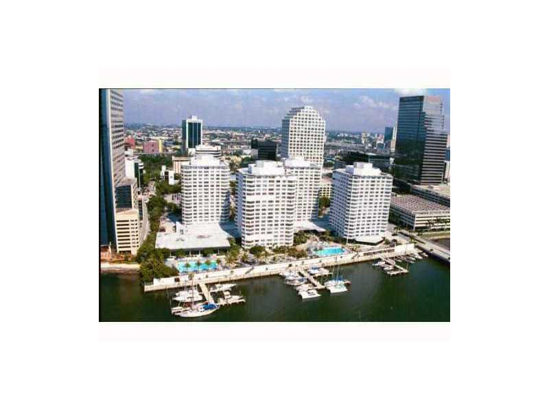 905 Brickell Bay Dr # 2CL23, Miami, FL 33131