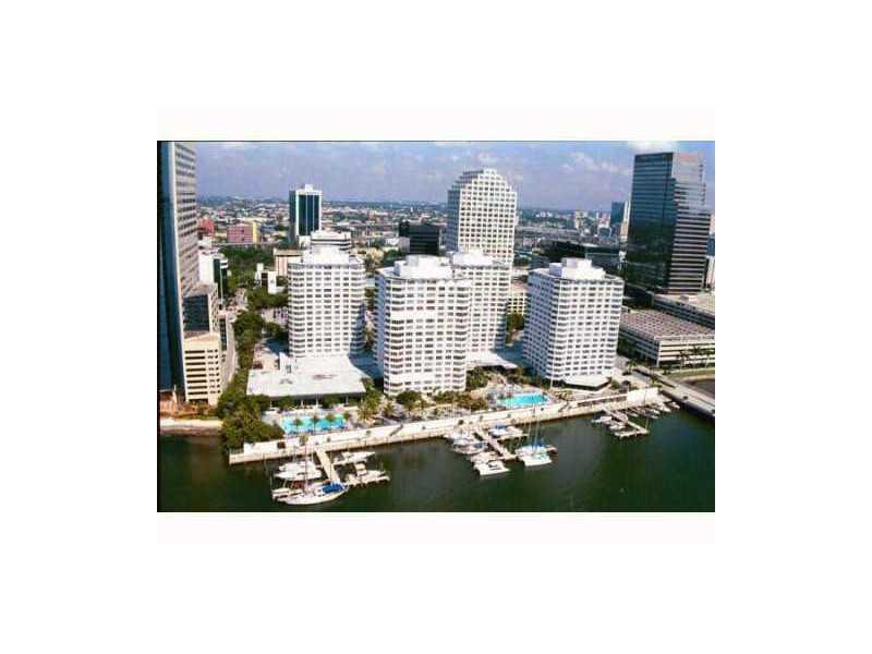 905 Brickell Bay Dr # 2CL23, Miami, FL 33131