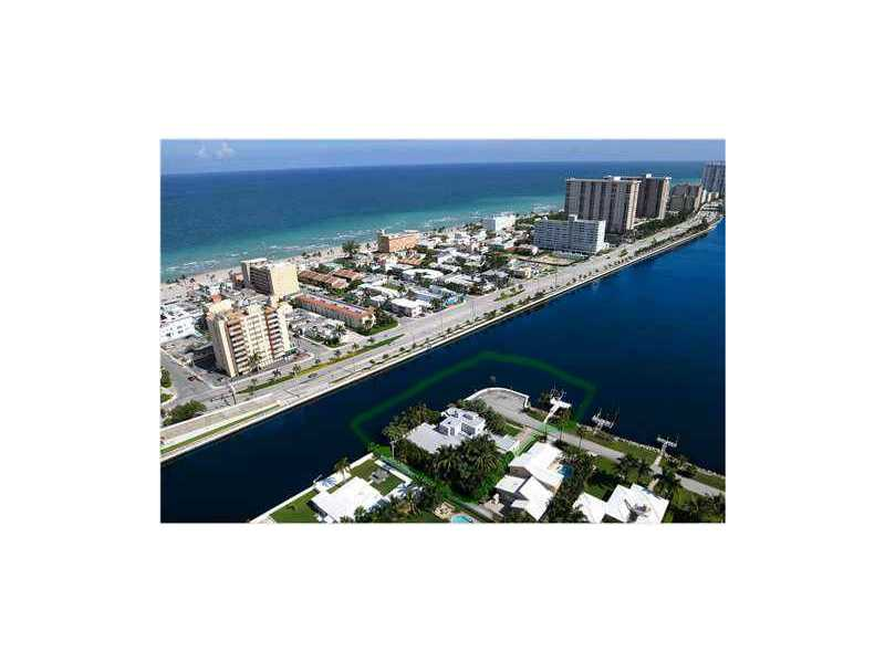 Real Estate for Sale, ListingId: 32143160, Hollywood,FL33019