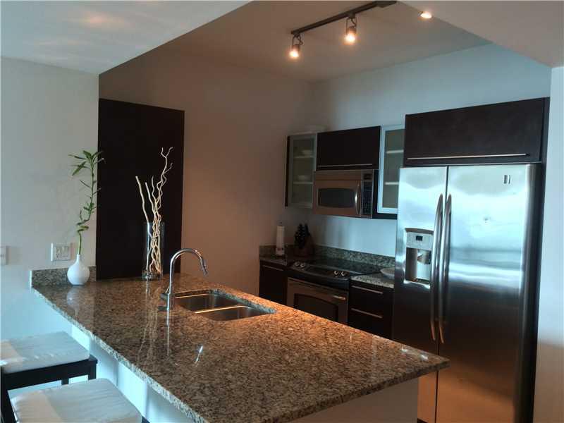 950 Brickell Bay Dr # 3905, Miami, FL 33131
