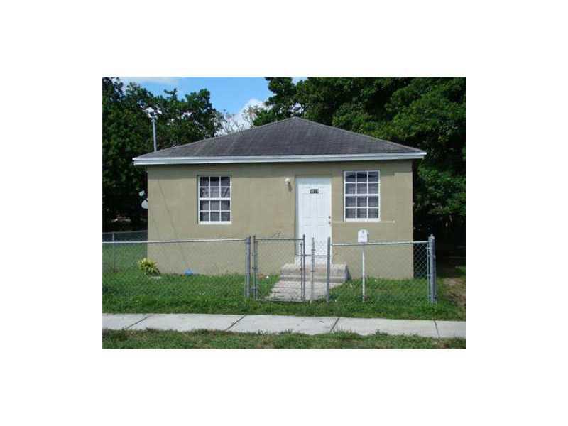 1819 NW 69th St, Miami, FL 33147