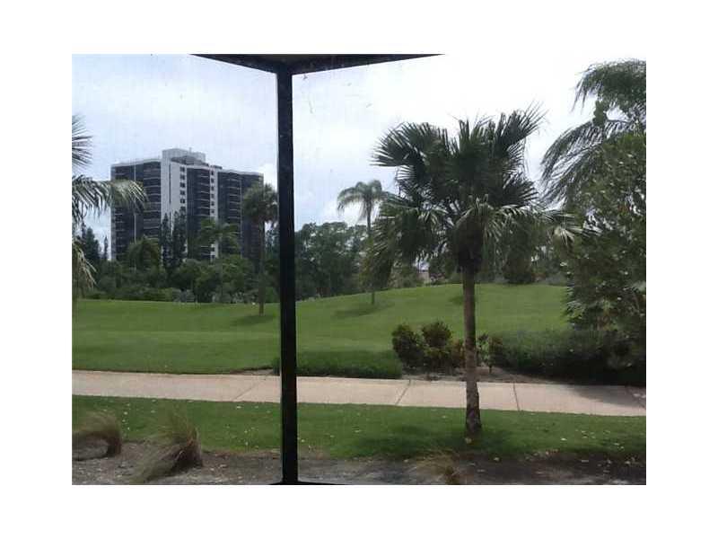 Rental Homes for Rent, ListingId:31819775, location: 20313 W COUNTRY CLUB DR Aventura 33180