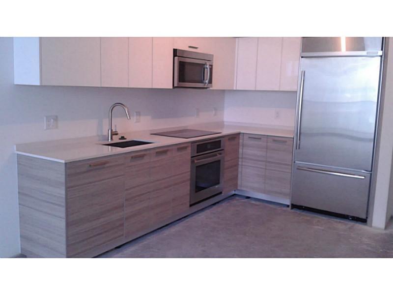 Real Estate for Sale, ListingId: 32141754, Miami,FL33131