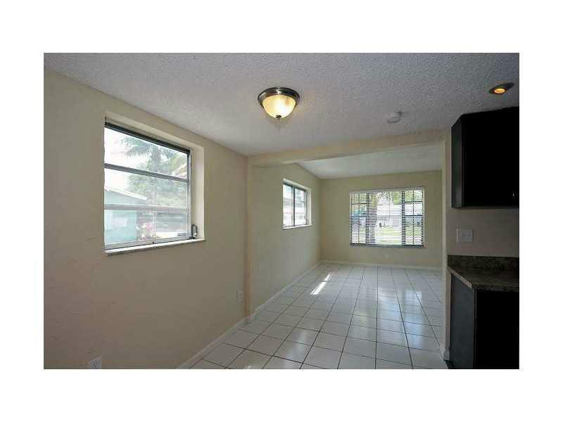 3310 Nw 18th St, Fort Lauderdale, FL 33311