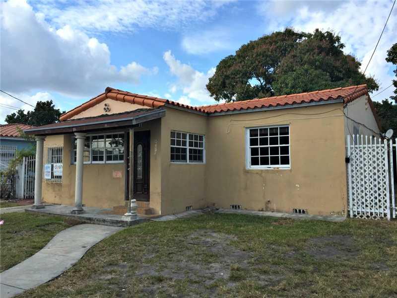 2351 Sw 7th St, Miami, FL 33135