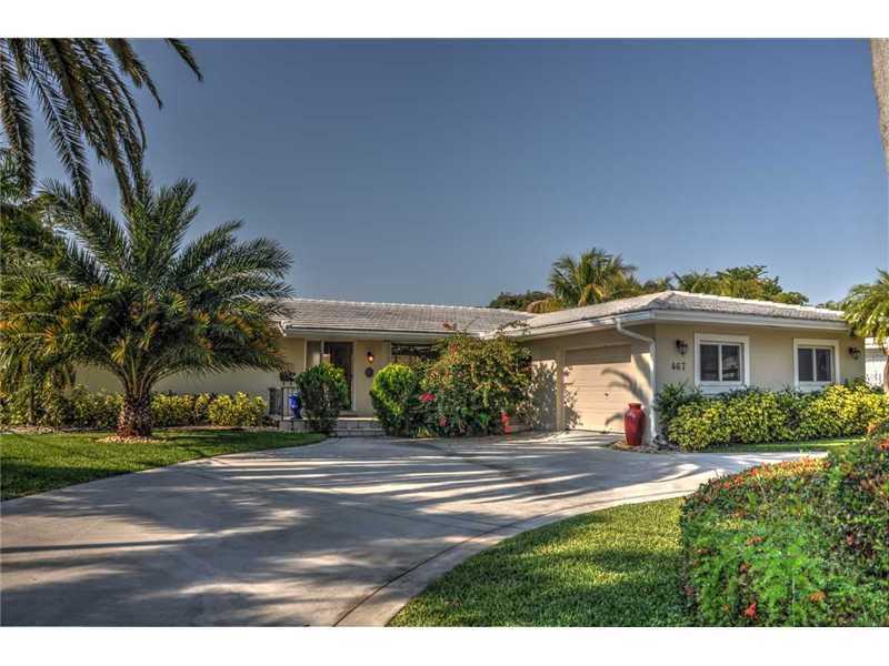 467 Sunset Dr, Hallandale, FL 33009