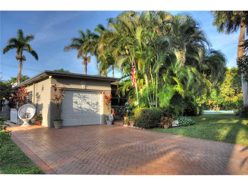 1403 Harding St, Hollywood, FL 33020