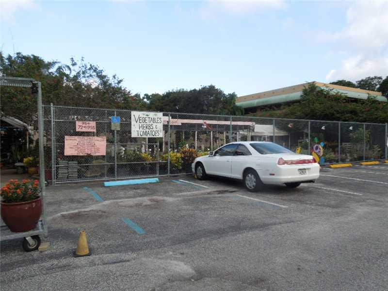 7910 N University Dr, Fort Lauderdale, FL 33321