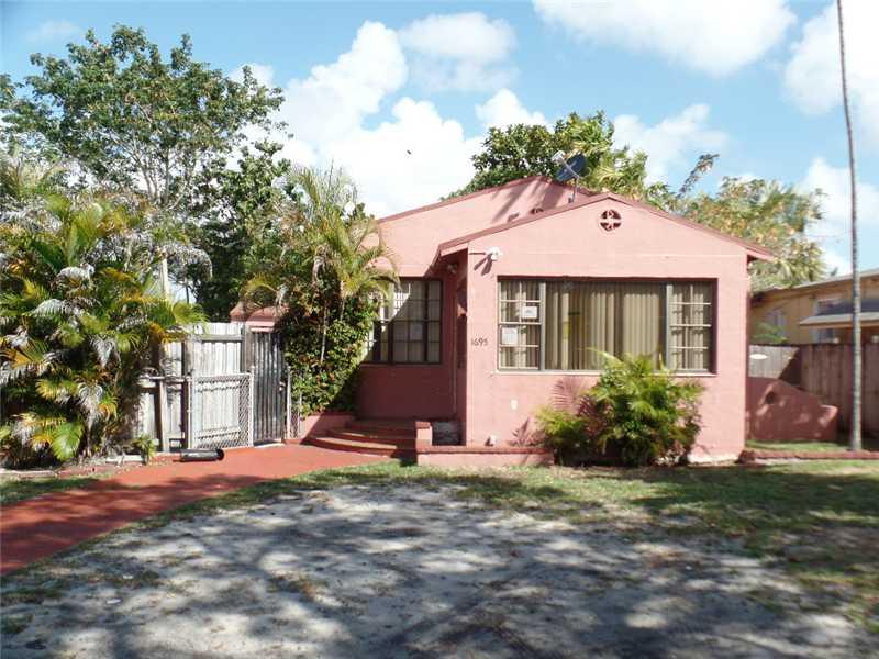 1695 Sw 18th St, Miami, FL 33145