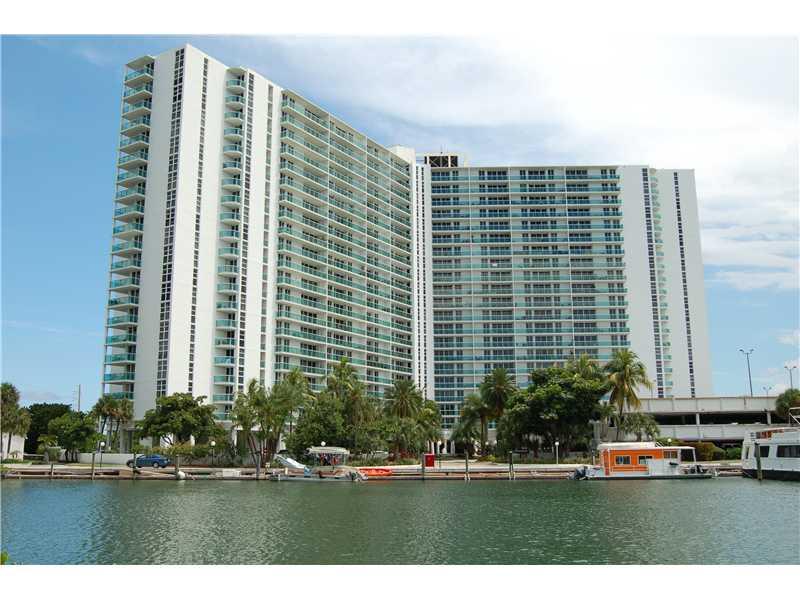 100 Bayview Dr # 831, Sunny Isles Beach, FL 33160