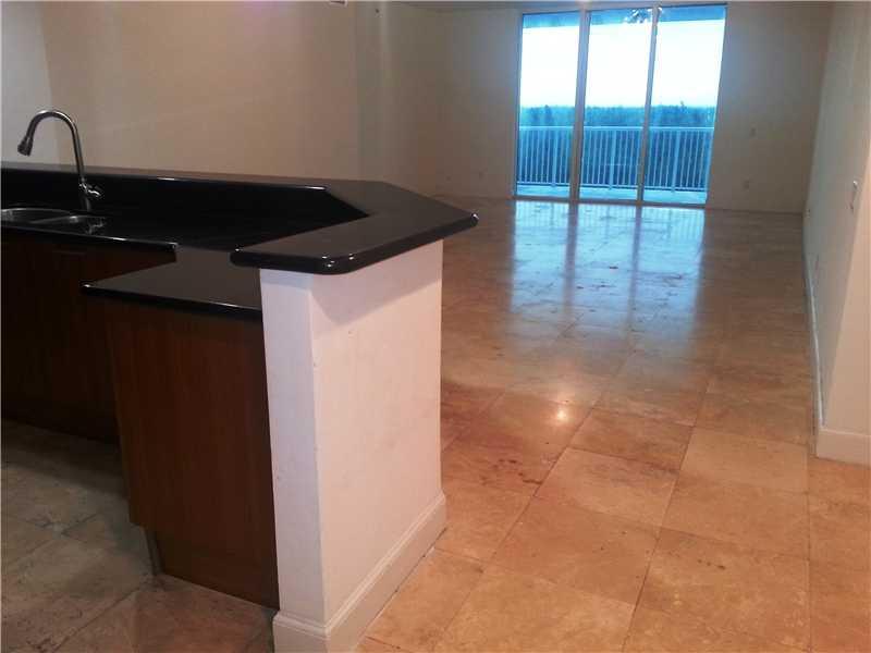 15051 Royal Oaks Ln # 402, North Miami, FL 33181