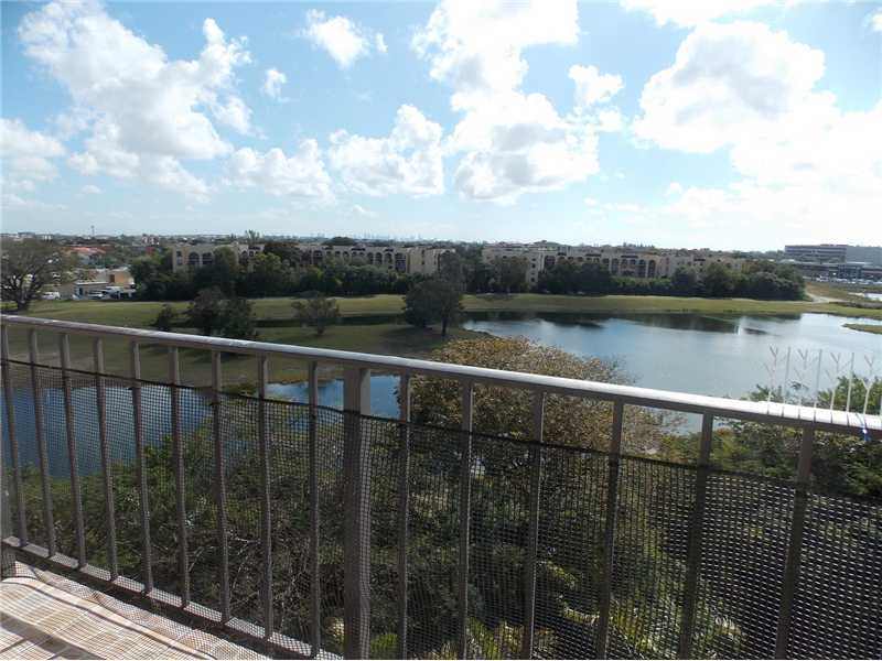 Rental Homes for Rent, ListingId:32144667, location: 9682 FONTAINEBLEAU BL Miami 33172
