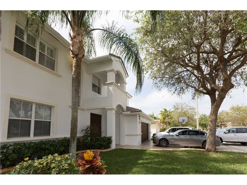 Real Estate for Sale, ListingId: 35492856, Pembroke Pines,FL33029