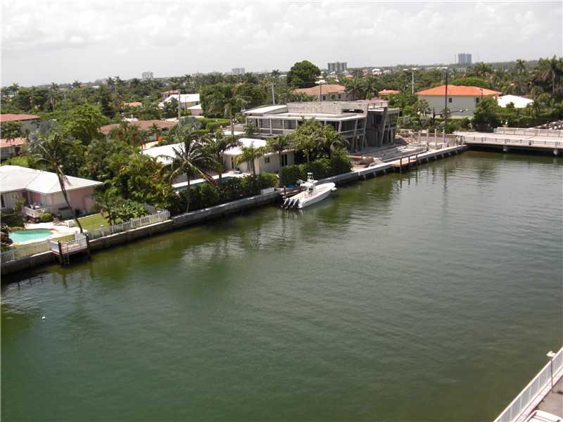 Rental Homes for Rent, ListingId:32136571, location: 9500 W BAY HARBOR DR Bay Harbor Islands 33154