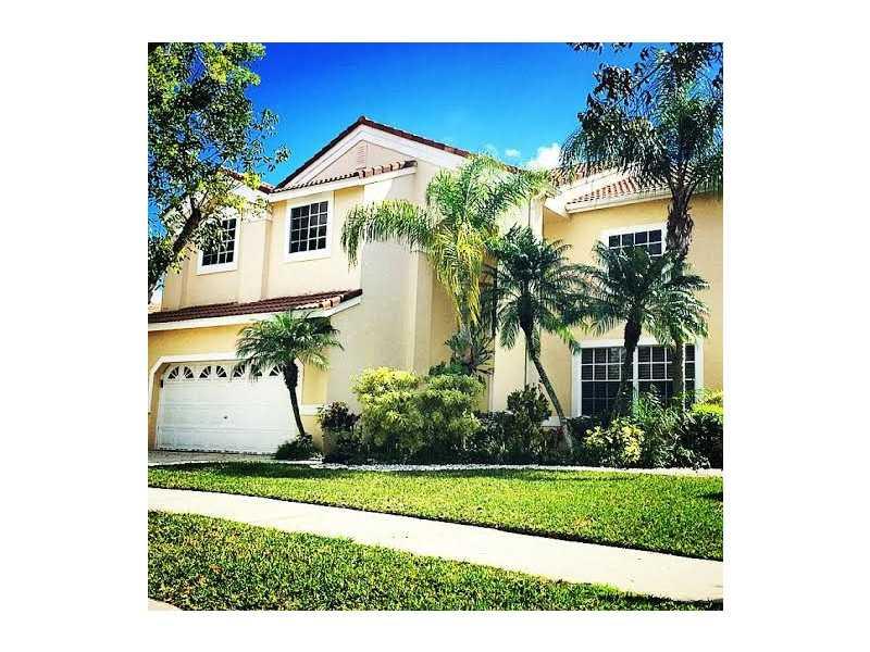 205 Cameron Dr, Fort Lauderdale, FL 33326