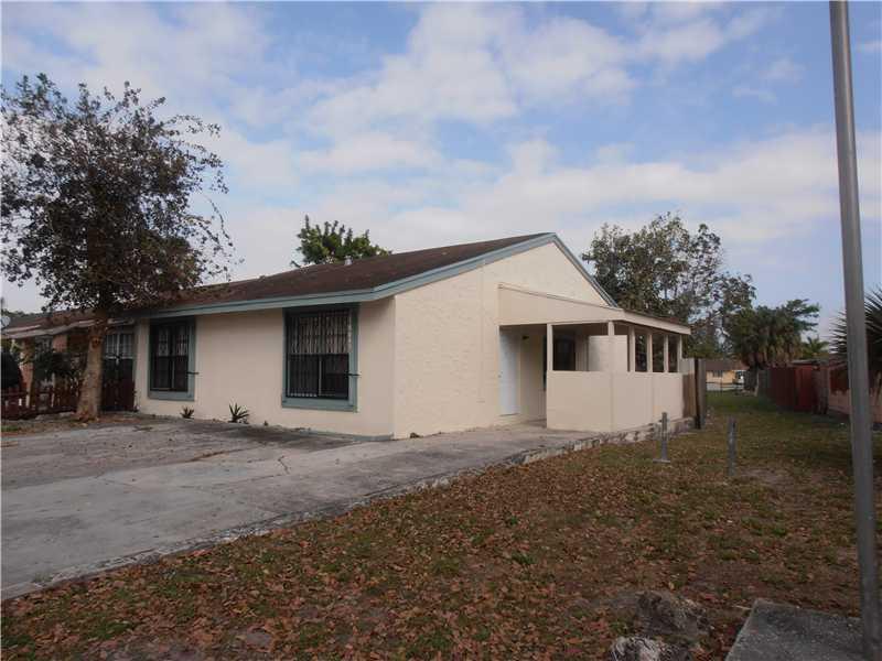 18043 Nw 41st Pl, Miami Gardens, FL 33055