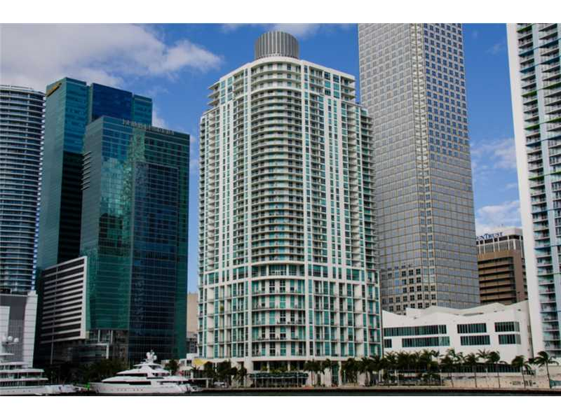 Photo of 300 South BISCAYNE BL  Miami  FL