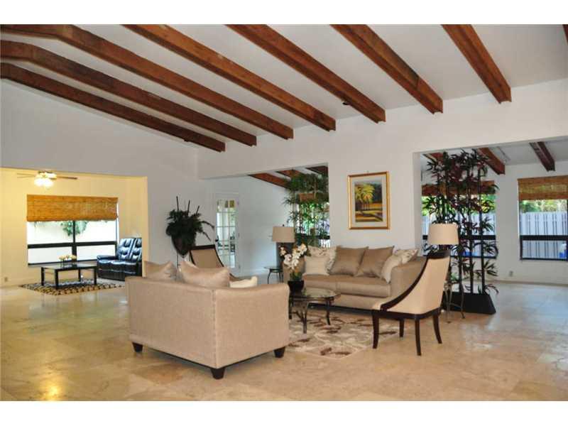 Real Estate for Sale, ListingId: 32166759, Hollywood,FL33021