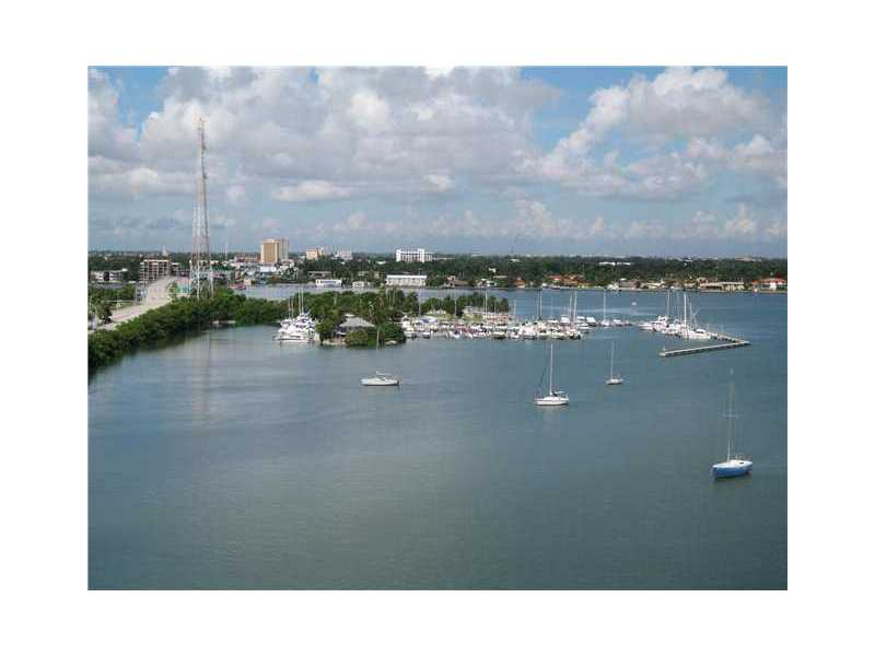 Rental Homes for Rent, ListingId:32169309, location: 7904 WEST DR North Bay Village 33141