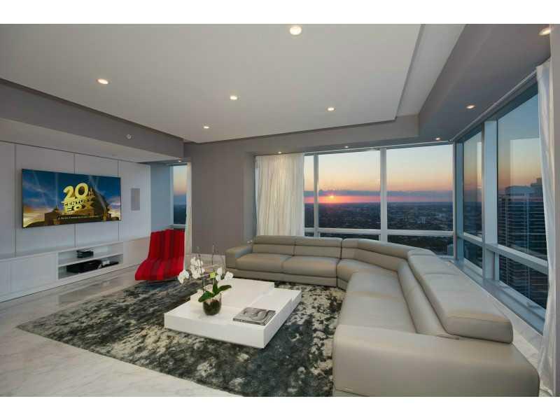 Real Estate for Sale, ListingId: 32227997, Miami,FL33131