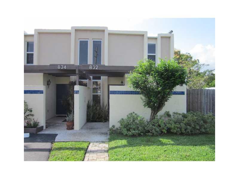 832 NE 20th Dr, Wilton Manors, FL 33305