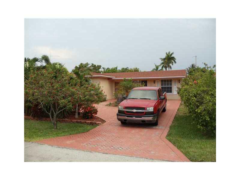 637 Sw 3rd St, Hallandale, FL 33009