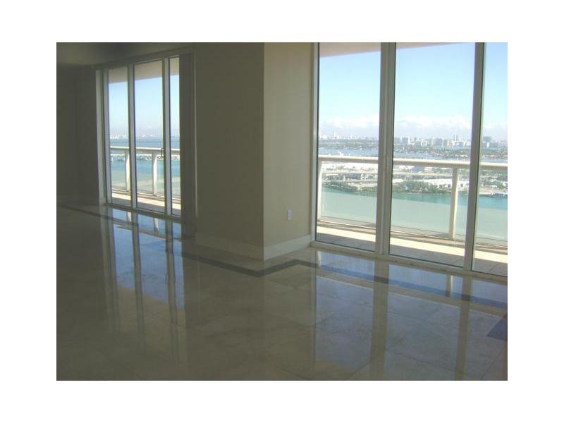 50 Biscayne Bl # 3010, Miami, FL 33131