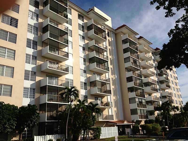 4156 Inverrary Dr # 312, Fort Lauderdale, FL 33319
